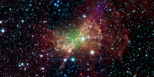 File:Dumbbellnebula.png