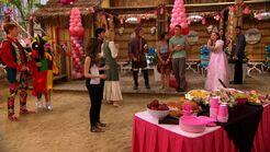 PandP; Brooke vs Ally - Princess Party