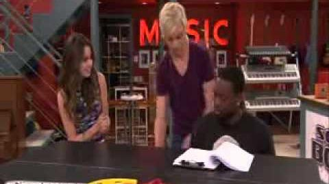 Austin & Ally Bloopers-0