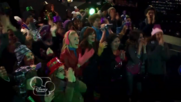 Austin & Jessie & Ally Can You Feel It (5)