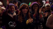 Austin & Jessie & Ally Can You Feel It (22)