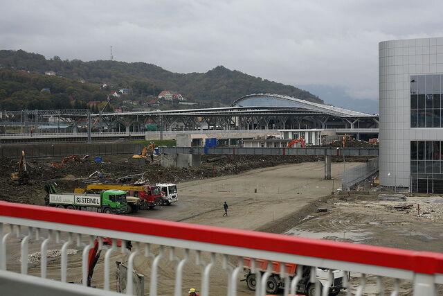 File:Construction of the Sochi Circuit.jpg