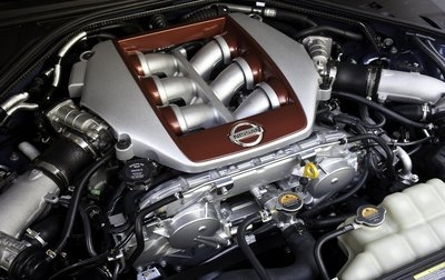 Nissan-GT-R 2011 Engine