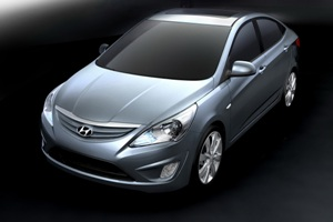 2011-Hyundai-Accent-Verna-20small