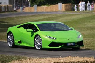 2015 Lamborghini Huracan LP610-4 in action