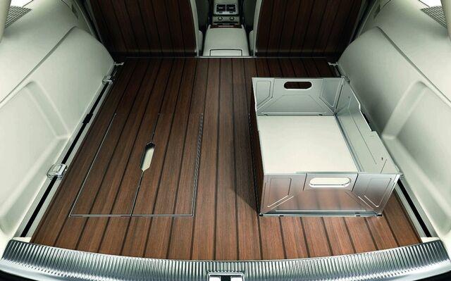 File:Audi Q7 V12 TDI Coastline Concept 3.jpg