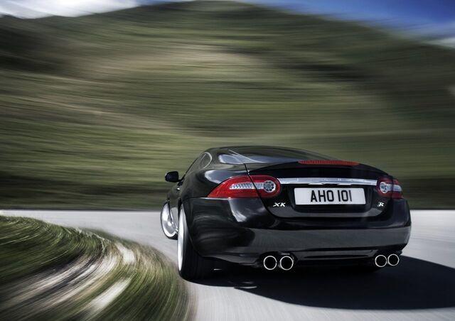 File:2010 Jaguar XKR 8.jpg