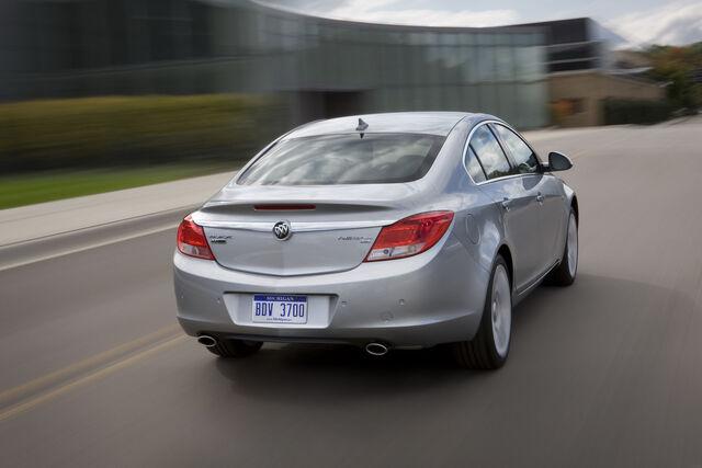 File:2011-Buick-Regal-12.jpg