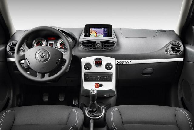 File:Renault-Clio-S-4.jpg