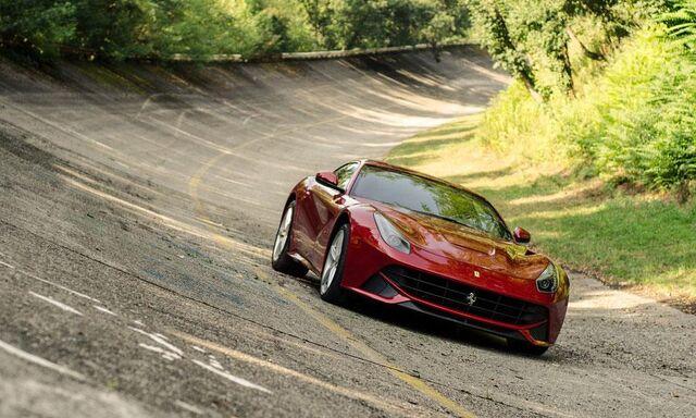File:Ferrari-f12-berlinetta-7.jpg