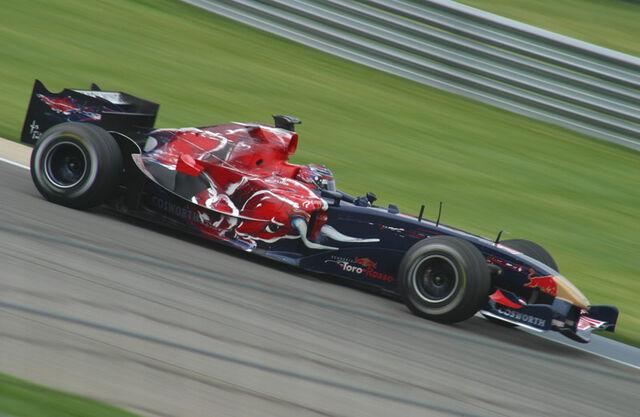File:Scott Speed 2006 USA.jpg