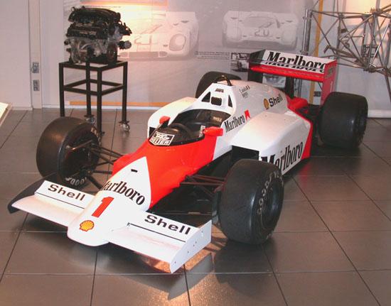 File:McLaren TAG Porsche F1.jpg