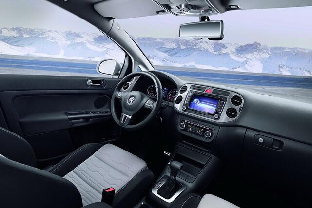 File:2010-VW-CrossGolf-5.jpg