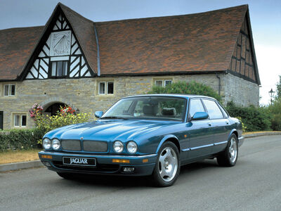 1994-1997-Jaguar-XJR-X300