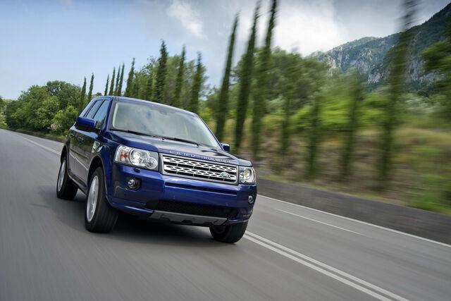 File:2011-Land-Rover-Freelander-FL-13.JPG
