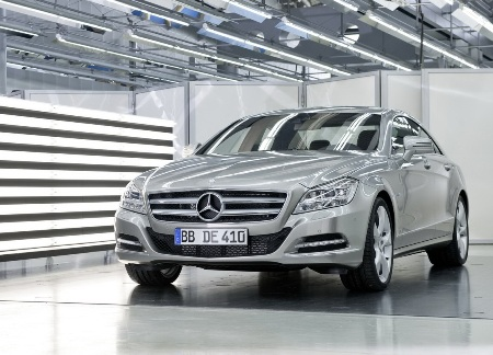 File:2011-Mercedes-Benz-CLS-11small.jpg