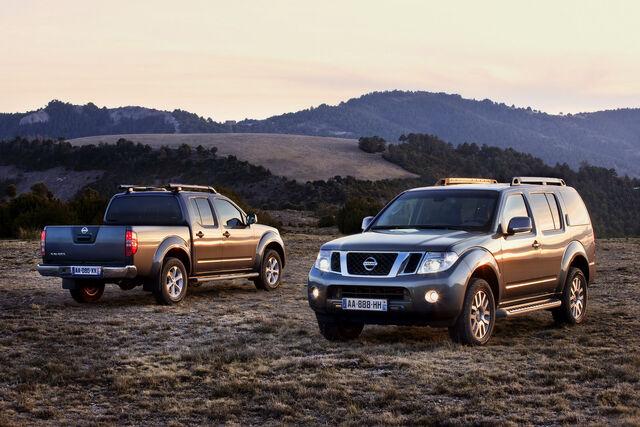 File:2011-Nissan-Pathfinder-Navara-12.jpg