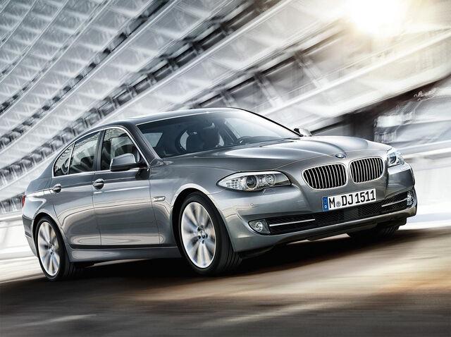 File:2011 BMW 5-Series 1259003.jpg