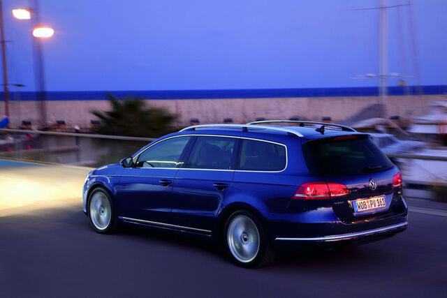 File:2011-VW-Passat-49.JPG