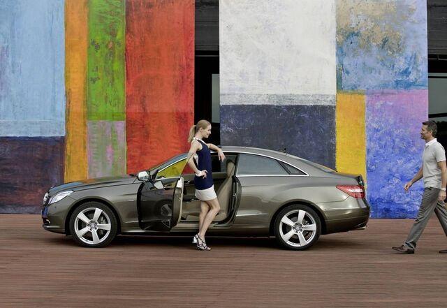 File:Mercedes-benz-e-class-coupe 3.jpg