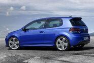 Volkswagen-golf-r20-large 12