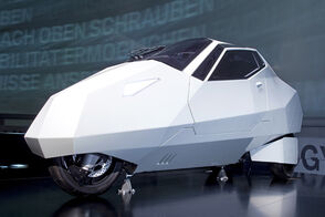 Bmwsimpleconcept000 opt