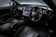 Nissan-GT-R-SpecV-15
