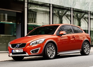 File:2010-volvo-c30-large-2small.jpg