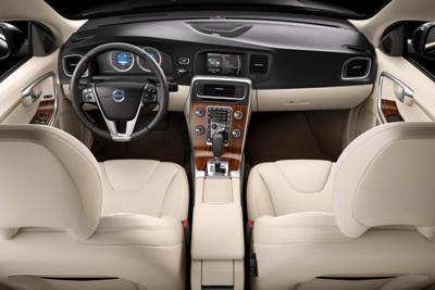 2011-Volvo-S60-Sedan-40small