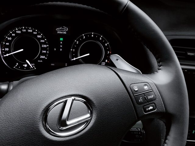 File:32 lexus is250c press.jpg