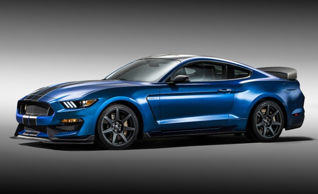 File:2016-Ford-Mustang-Shelby-GT350R-PLACEMENT1-626x382.jpg