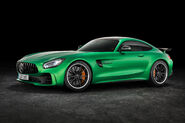 2018-Mercedes-AMG-GT-R-front-three-quarter-1