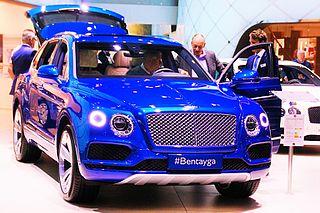 Bentley Bentayga in blue