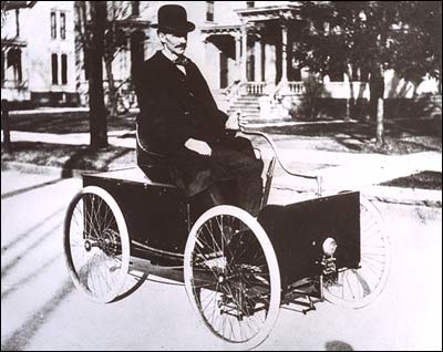 File:Henry Ford - Quadricycle, 1905.jpg
