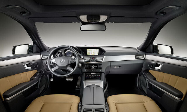 File:2010-Mercedes-E-Class-Estate-13.JPG