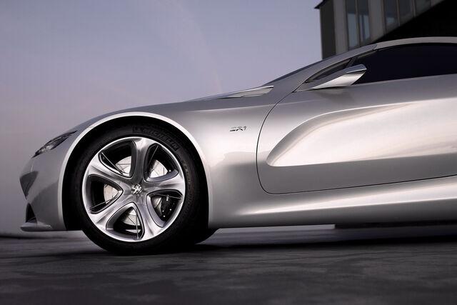 File:Peugeot-SR1-Concept-17.jpg