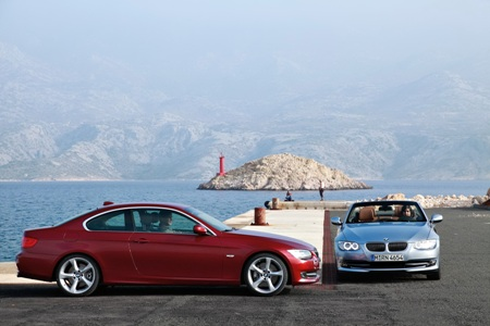 File:2011-BMW-3-Series-Coupe-Convertible-40small.jpg
