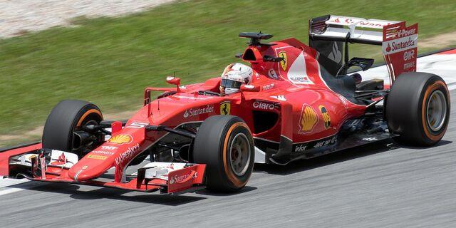 File:Sebastian Vettel 2015 Malaysia FP2 3.jpg