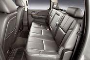 2011-Chevrolet-Silverado-26