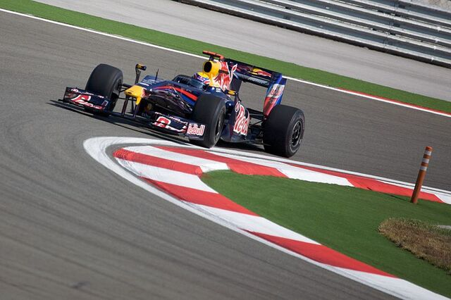 File:Mark Webber 2009 Turkey.jpg