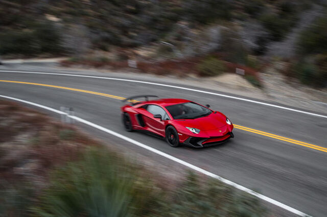 File:2015-Lamborghini-Aventador-LP750-4-SV-top-side-in-motion.jpg
