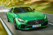 Mercedes-AMG-GT-R-111