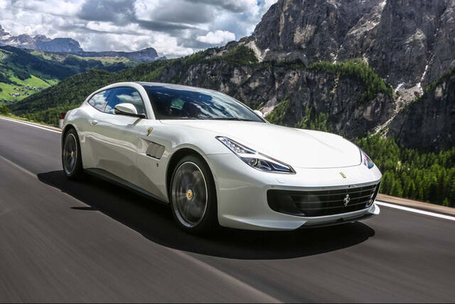 File:2017-Ferrari-GTC4Lusso-front-three-quarter-in-motion-e1467236865881.jpg