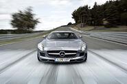 Mercedes-SLS-AMG-24