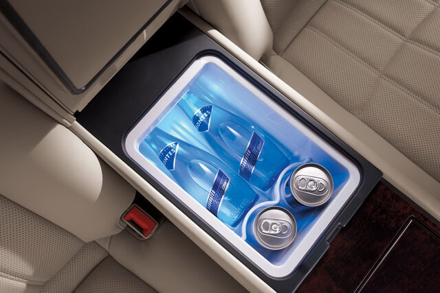 File:2011-Hyundai-Equus-20.JPG