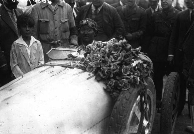 File:Jules Goux at the 1926 San Sebastián Grand Prix.jpg