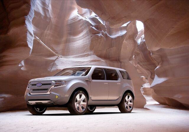 File:Ford Explorer America 1.jpg