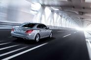 2011-Hyundai-Equus-21