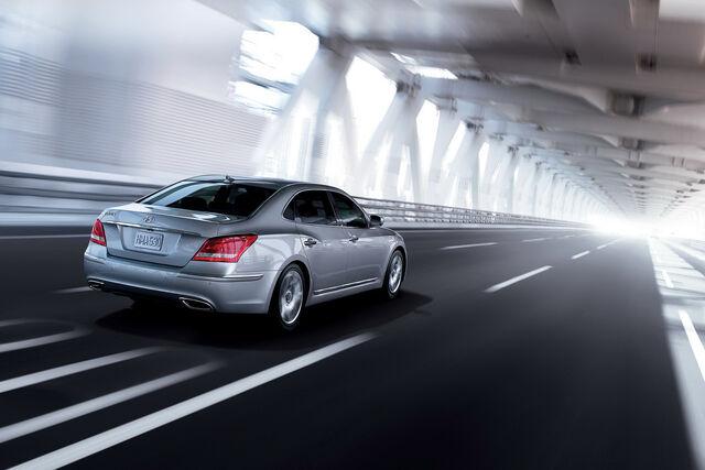 File:2011-Hyundai-Equus-21.JPG