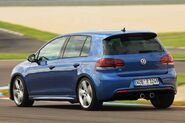Volkswagen-golf-r20-large 06